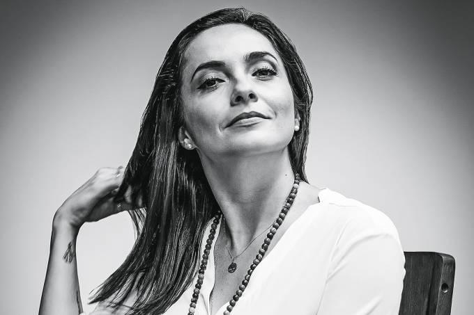 Primeira Pessoa – Izabella Camargo