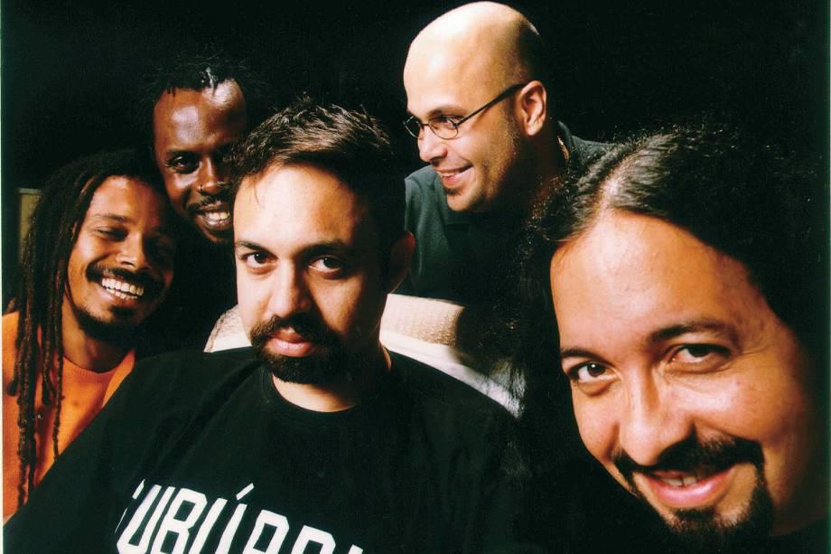 """Marcelo Yuka, Marcelo Falcão, Lauro Farias, Xandão e Marcelo Lobato integrantes do grupo """"O Rappa"""" - 2002"""
