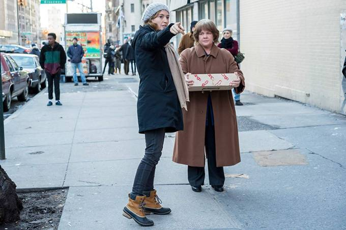 Marielle Heller dirige Melissa McCarthy no filme 'Poderia me Perdoar?'