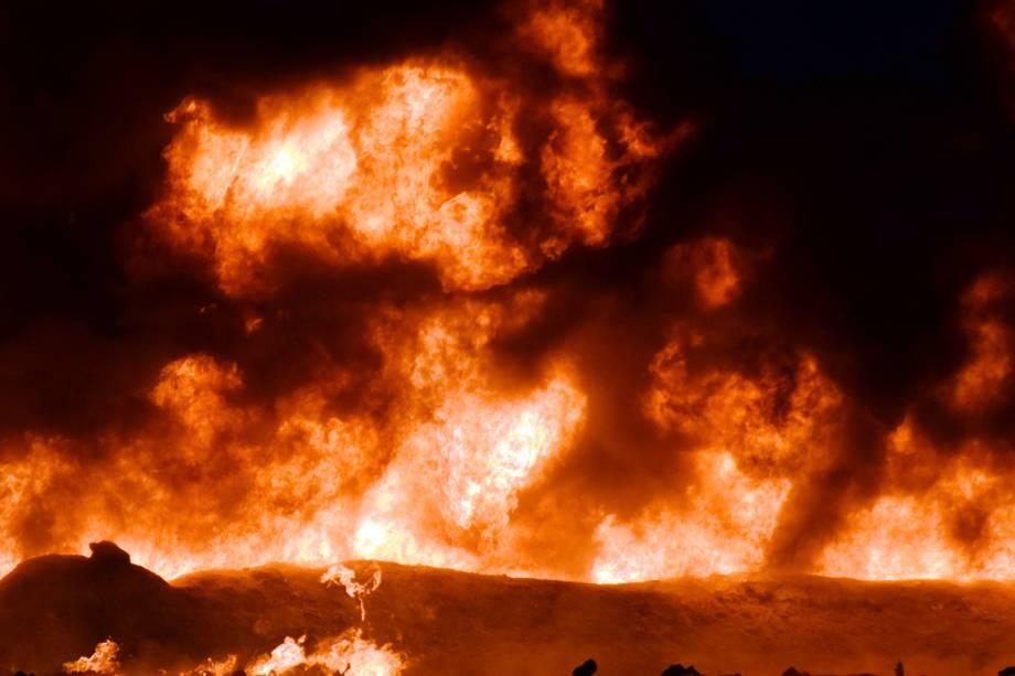 Chamas são vistas após explosão de oleoduto em Tlahuelilpan, cidade localizada no estado mexicano de Hidalgo - 18/01/2019