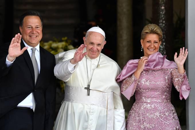 Juan Carlos Varela, Papa Francisco e Lorena Castillo