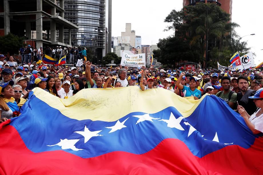 Manifestantes realizam marcha contra o presidente venezuelano Nicolás Maduro, em Caracas - 23/01/2019