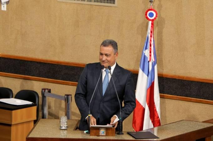 Reeleito, Rui Costa discursa durante posse na Assembleia