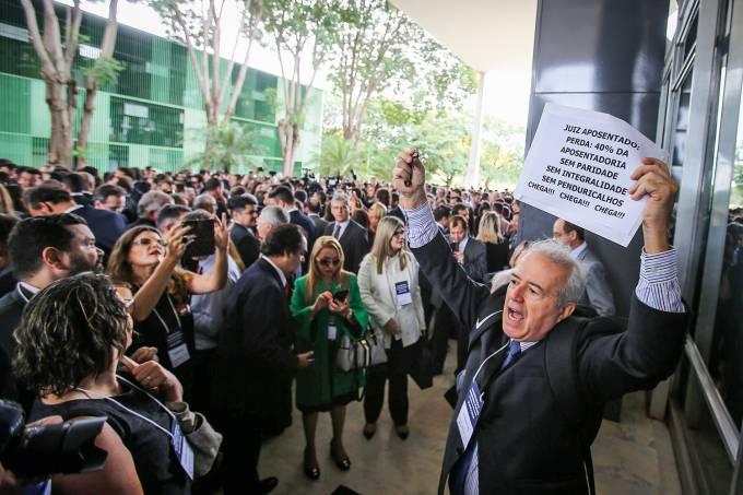 Protesto Juízes e MP