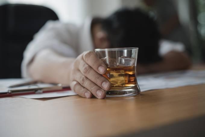 Saúde – Alcoolismo