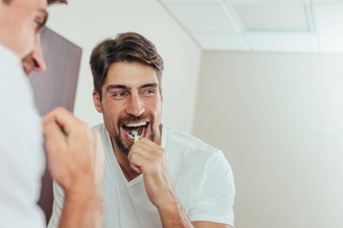Saúde – Escovar os dentes