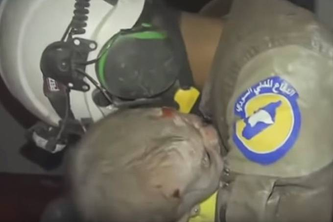 Falso vídeo de soldado resgatando criança em Brumadinho