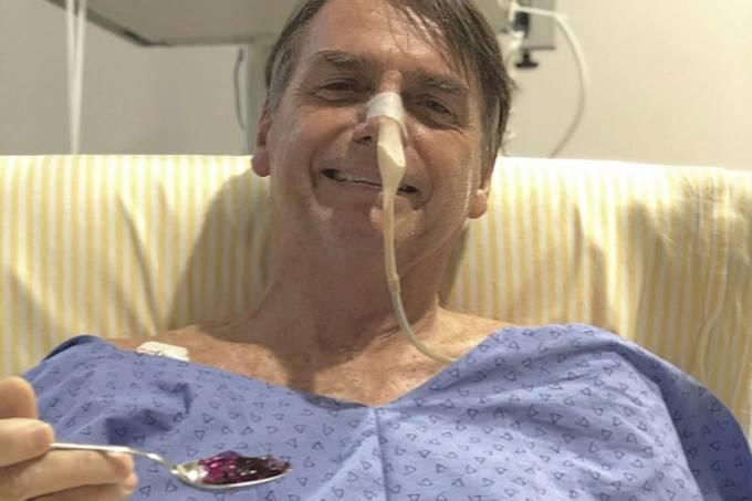 Bolsonaro publica foto comendo gelatina e comemora a primeira refeição após cirurgia