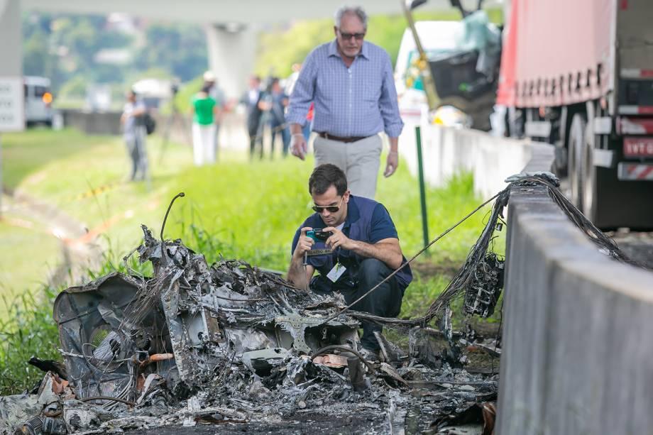 Helicóptero que transportava o jornalista Ricardo Boechat, caiu em cima de um caminhão na Rodovia Anhanguera - 11/02/2019