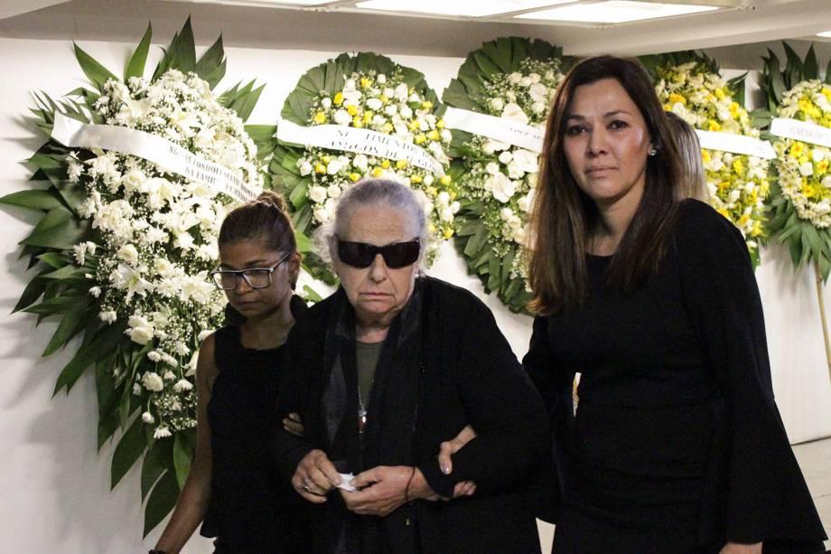 Mercedez Boechat, mãe de Boechat, junto de Veruska Seibel, viúva de Boechat, durante velório corpo do jornalista Ricardo Boechat, morto em um acidente de helicóptero - 12/02/2019
