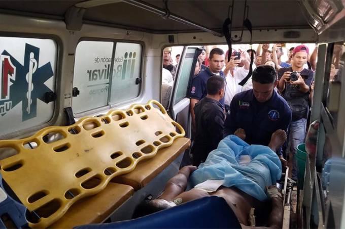Militares venezuelanos matam uma pessoa na fronteira