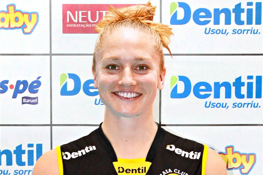 Carli Lloyd, jogadora do Dentil Praia Clube