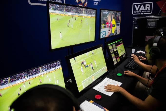 VAR – Árbitro de vídeo no Campeonato Paulista