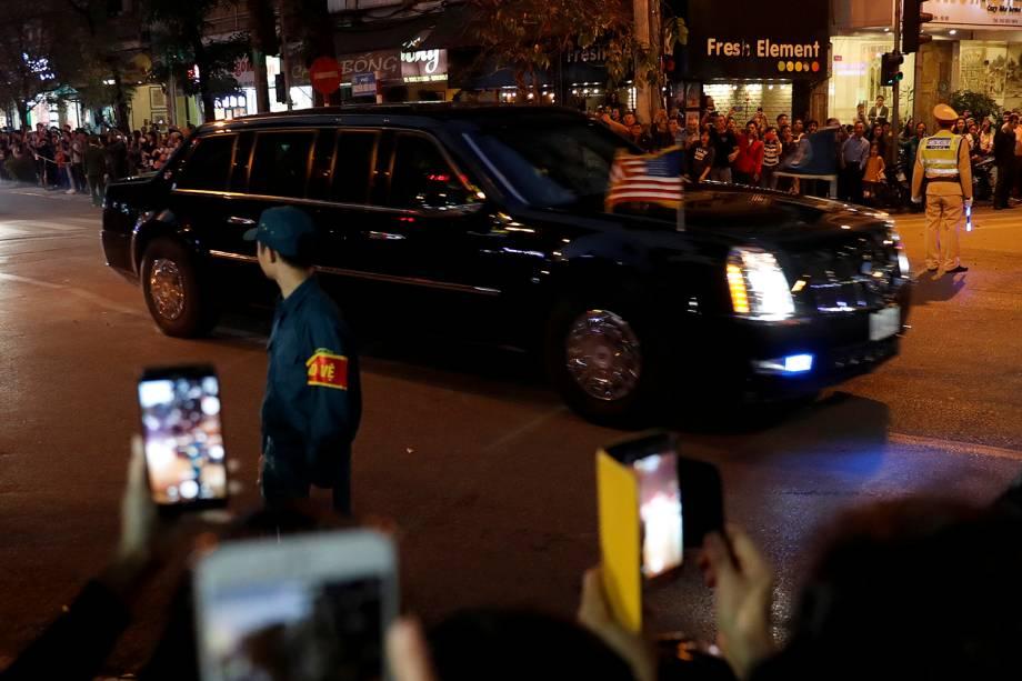 O veículo presidencial de Donald Trump chega ao Metropole Hotel, em Hanói no Vietnam, para a segunda cúpula com a Coréia do Norte - 27/02/2019