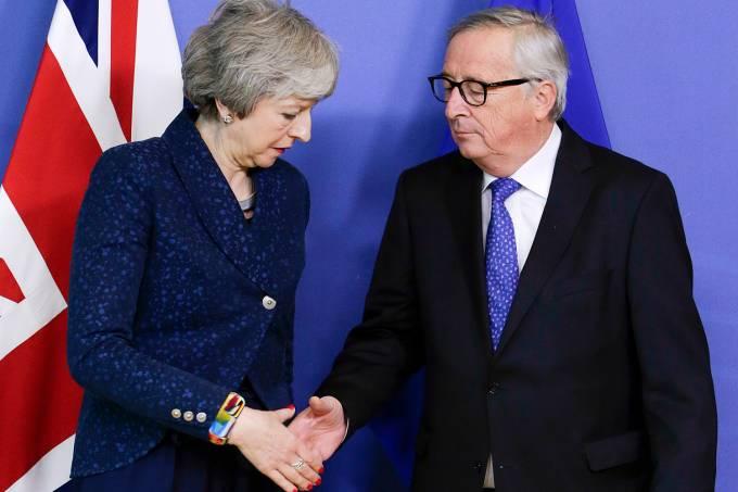 Encontro May e Juncker