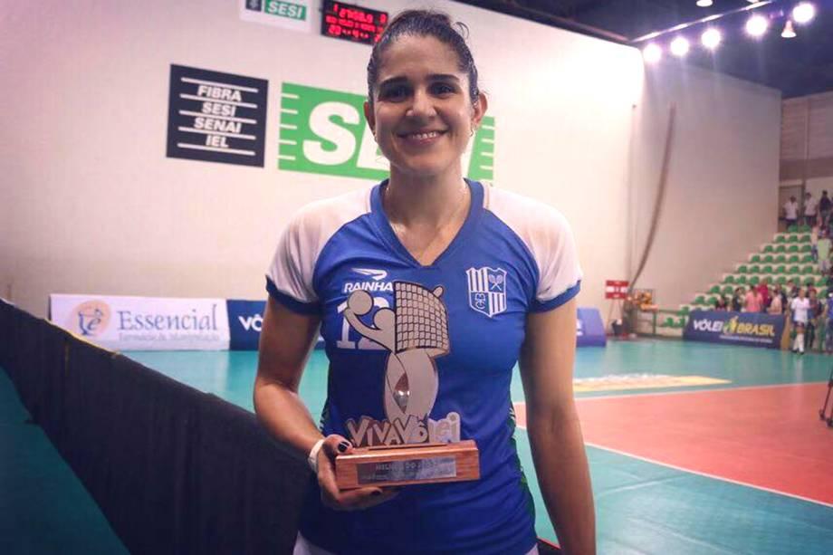 Natália, jogadora do time Itambé Minas