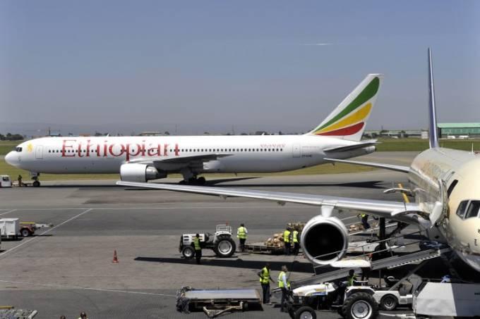 Foto de arquivo mostra Boeing 737 da Ethipian Airlines, mesmo modelo que caiu neste domingo