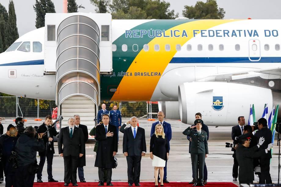 Presidente Jair Bolsonaro ao lado do primeiro-ministro Benjamin Netanyahu, durante Cerimônia Oficial de chegada à Israel - 31/03/2019