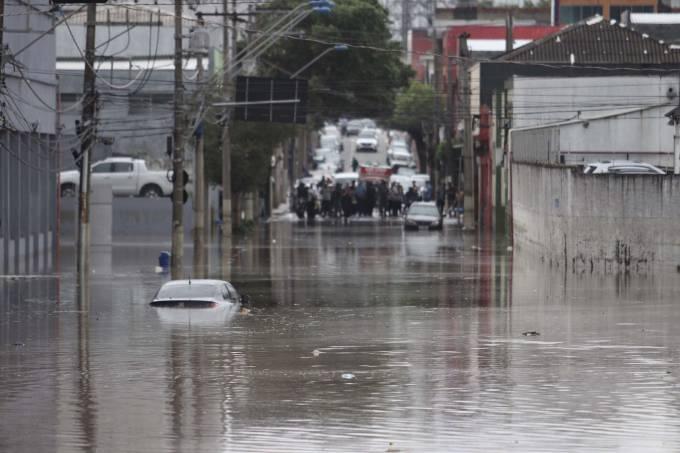 Chuva e alagamento em São Caetano do Sul