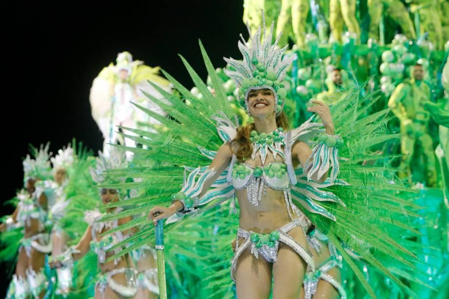 A escola de samba Império Serrano é a primeira a desfilar no Sambódromo da Marquês de Sapucaí - 03/03/2019