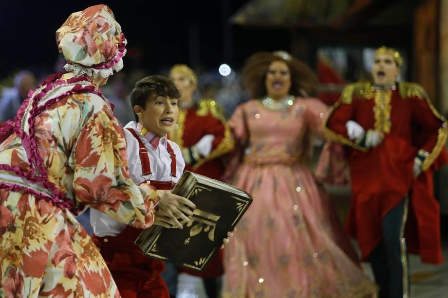 A escola de samba Unidos do Viradouro é a segunda a desfilar no Sambódromo da Marquês de Sapucaí - 03/03/2019