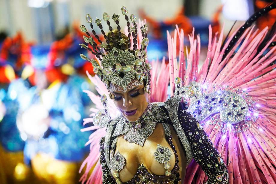 Com o enredo 'O salvador da pátria', a escola de samba Paraíso do Tuiuti desfila pela Marquês de Sapucaí - 05/03/2019