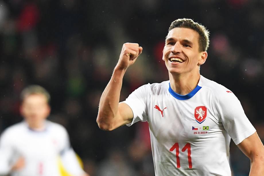 David Pavelka, jogador da República Checa, comemora após marcar gol durante partida amistosa contra a Seleção Brasileira, realizada em Praga - 26/03/2019
