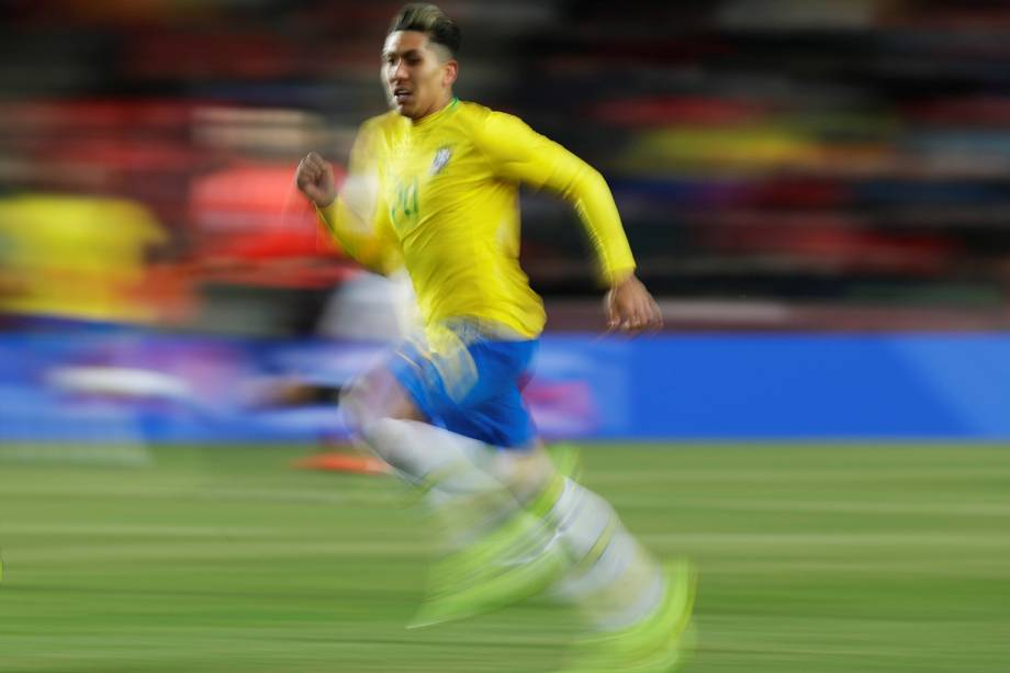 O jogador Roberto Firmino durante partida entre Brasil e República Checa, realizada em Praga - 26/03/2019
