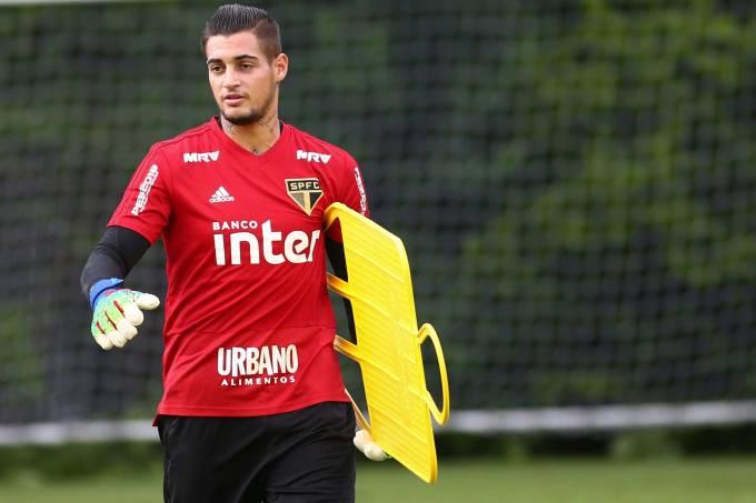 Goleiro Jean, do São Paulo