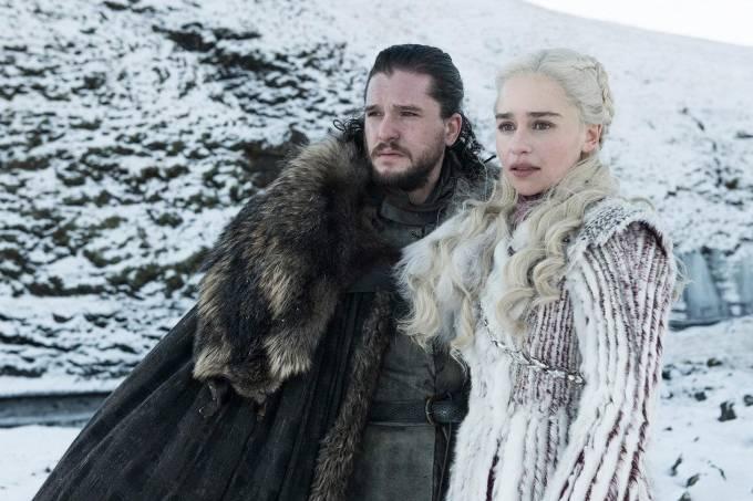 Kit Harrington como Jon Snow e Emilia Clarke como Daenerys Targaryen em cena da 8ª temporada da série 'Game of Thrones'