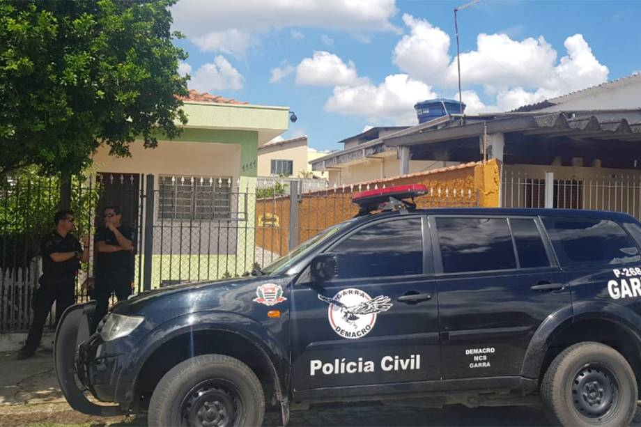 Residência de Luiz Henrique de Castro, 25 anos, na mesma rua que colega Guilherme Taucci Monteiro, 17