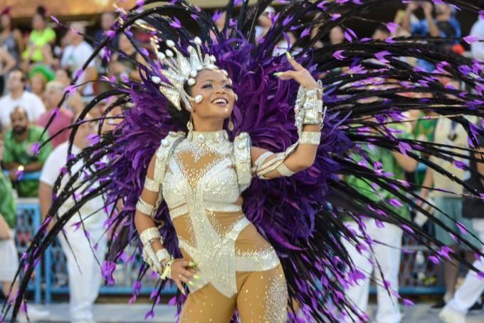 Desfile Escola De Samba Mocidade