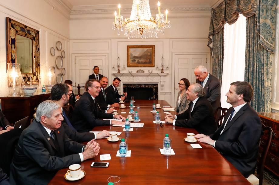 Jair Bolsonaro se encontra com o Senhor Luis Almagro, Secretário-Geral da Organização dos Estados Americanos - 19/03/2019