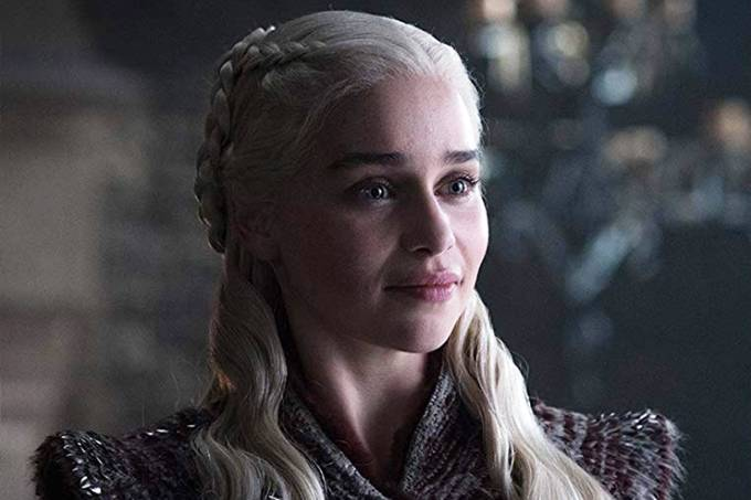 A atriz Emilia Clarke como Daenerys, de 'Game of Thrones'