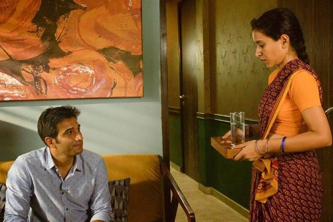 Ashwin (Vivek Gomber) e Ratna (Tillotama Shome) em 'A Costureira de Sonhos'