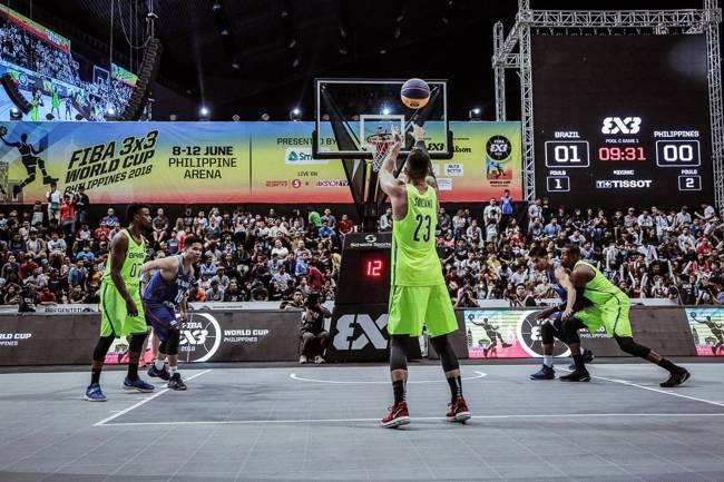 Seleção brasileira de basquete 3x3 durante Mundial disputado nas Filipinas em 2018