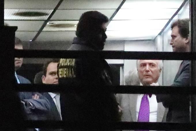 Michel Temer deixa prisão