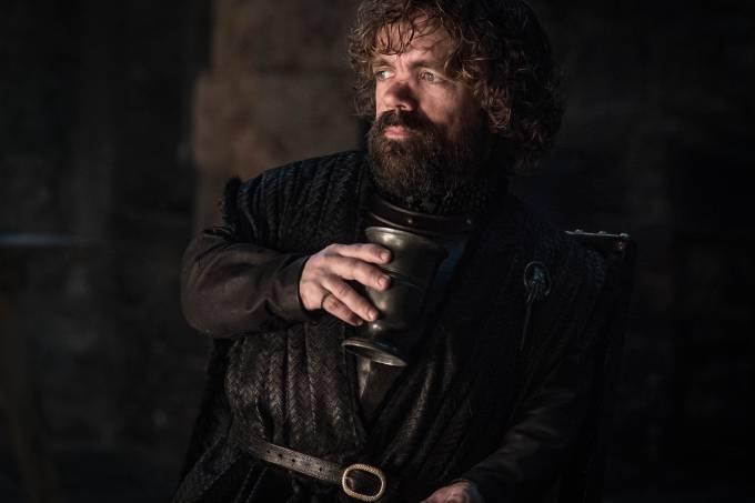 Tyrion (Peter Dinklage) pede uma canção nos minutos que antecedem a guerra contra os mortos em 'Game of Thrones'