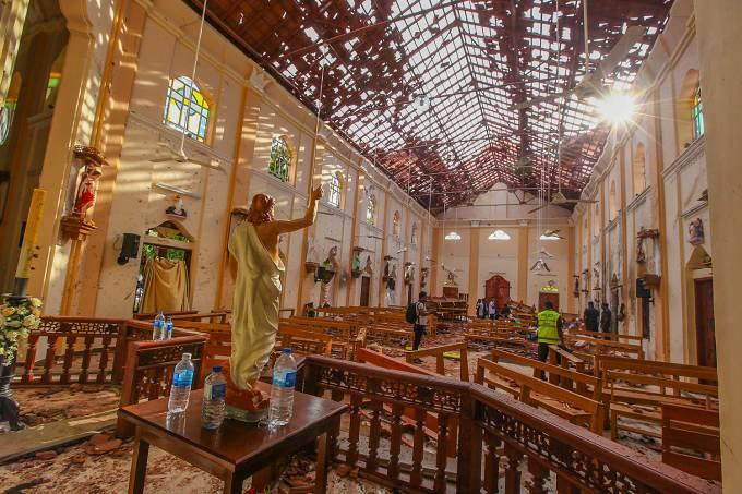 Ataques no Sri Lanka deixam centenas de mortos