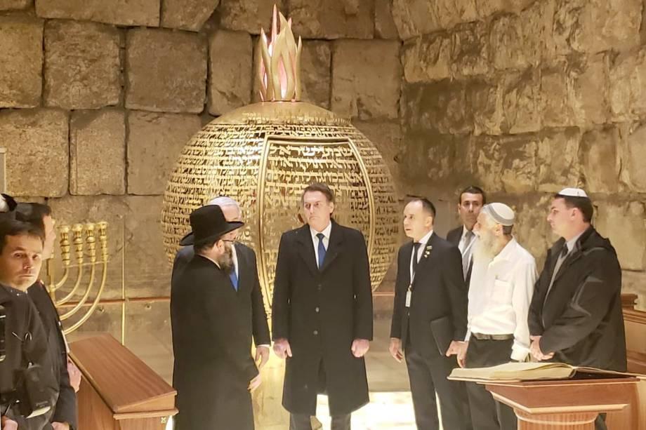Presidente Jair Bolsonaro visita Muro das Lamentações em Israel na companhia do primeiro Ministro Benjamin Netanyahu