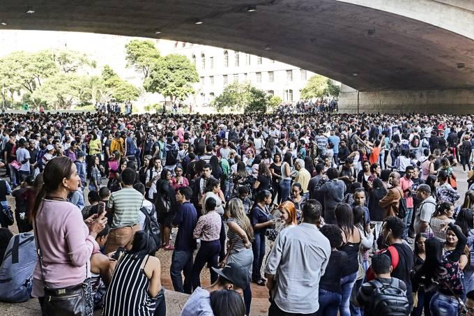 Mutirão de emprego em São Paulo