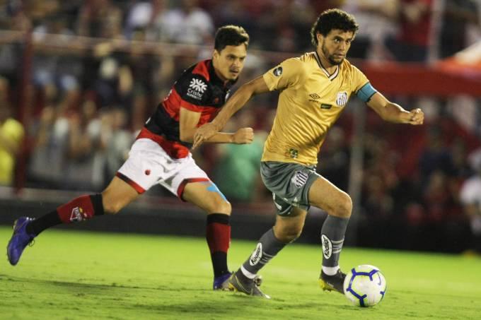 Copa Do Brasil Santos E Derrotado Pelo Atletico Go Nos Minutos Finais