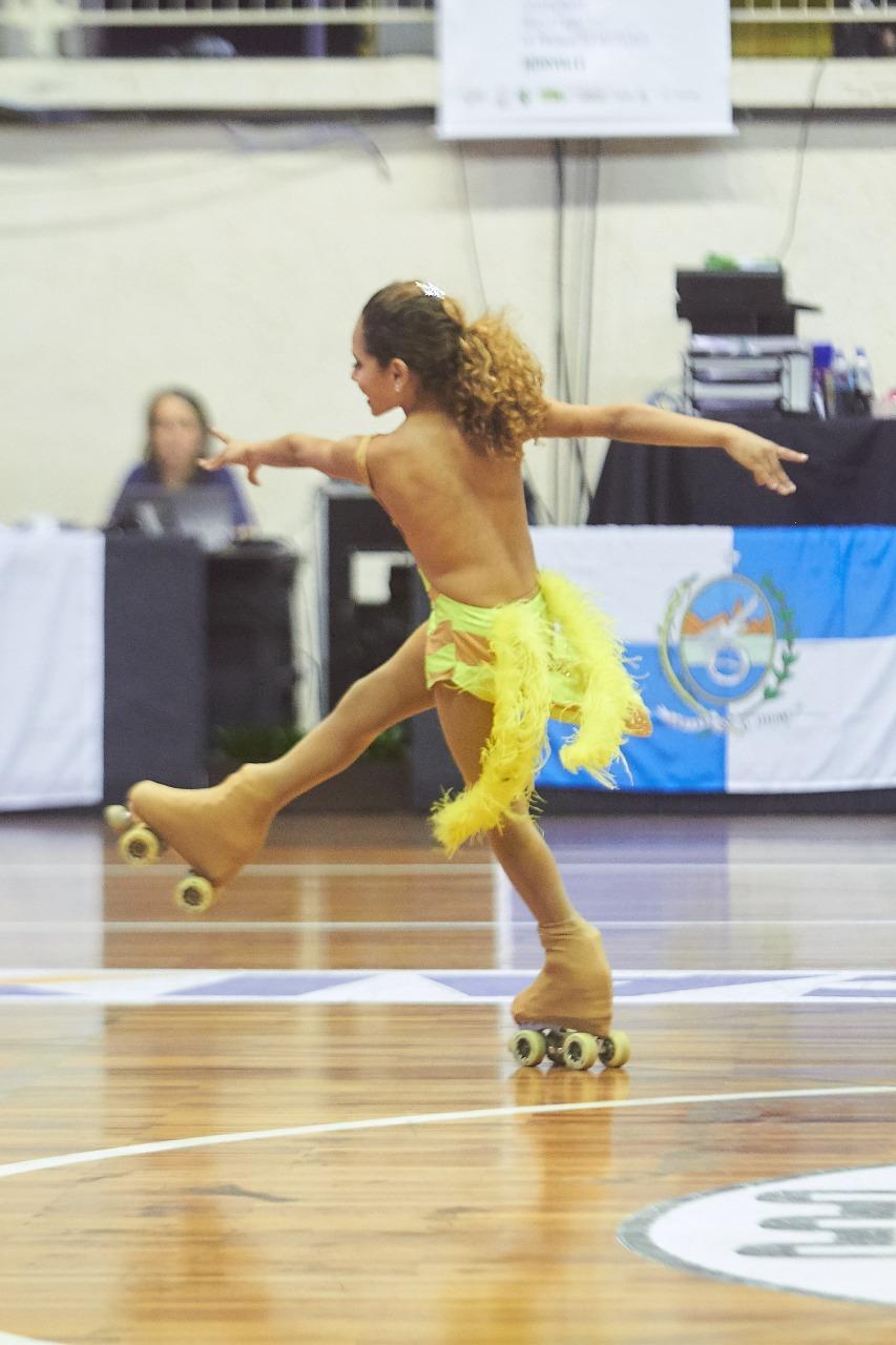 Maria Joaquina foi impedida de participar de uma competição internacional de patinação por ser transgênero
