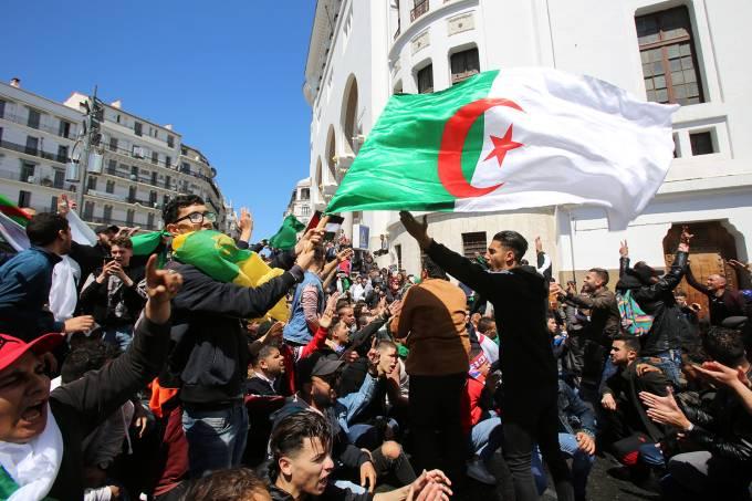 Protestos na Argélia