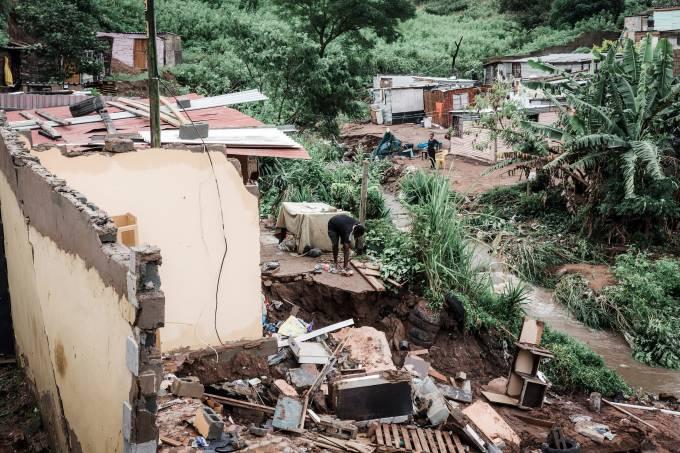 Enchentes na África do Sul