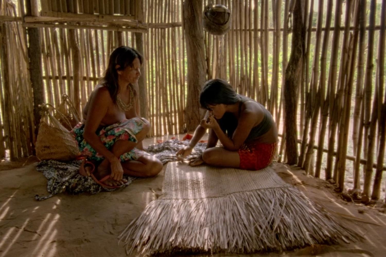 Cena do filme 'Chuva É Cantoria na Aldeia dos Mortos'