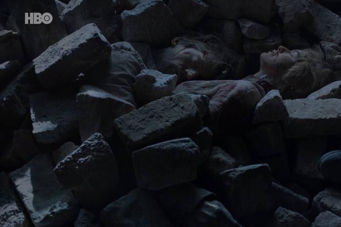 Os corpos de Jaime (Nikolaj Coster-Waldau) e Cersei (Lena Headey) soterrados