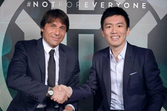 Antonio Conte é anunciado como novo treinador da Inter de Milão