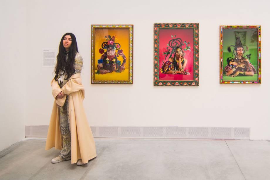 """Arte de Martine Gutierrez é exibida no pavilhão principal de Giardini, durante a 58ª Bienal Internacional de Arte de Veneza, na Itália. A exposição tem como tema """"May You Live in Interesting Times"""""""