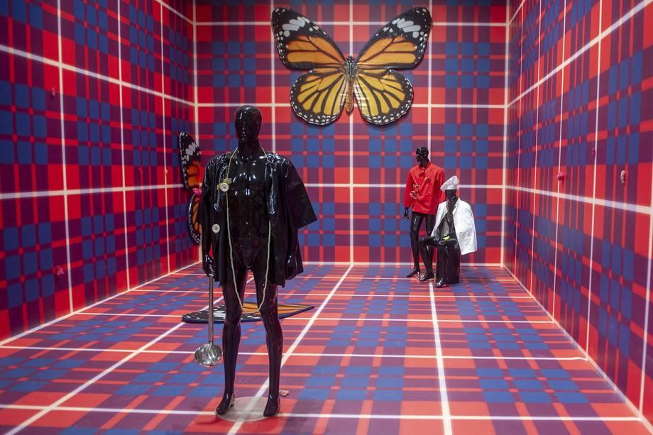 """Obra do artista britânico Anthea Hamilton, durante a 58ª Bienal Internacional de Arte de Veneza, na Itália. A exposição tem como tema """"May You Live in Interesting Times"""""""